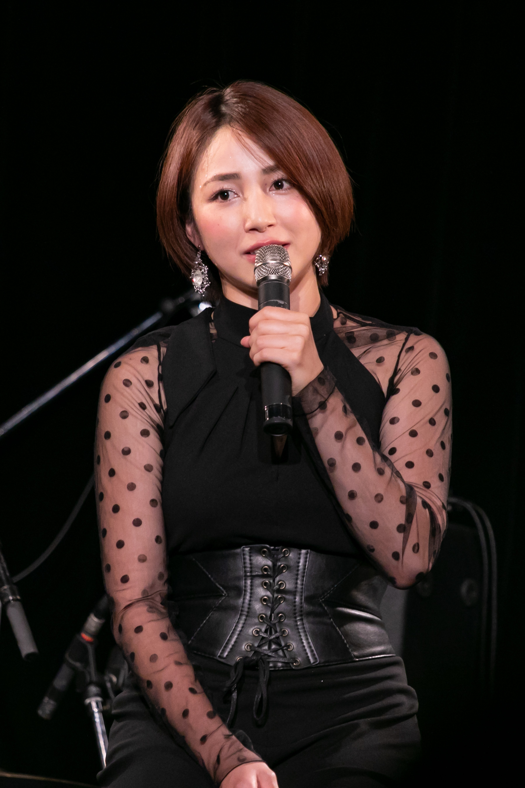 "You Kikkawa performed her new song ""TABOO"""